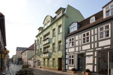 Hotel Benn exterior houses