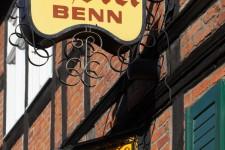 Hotel Benn exterior sign